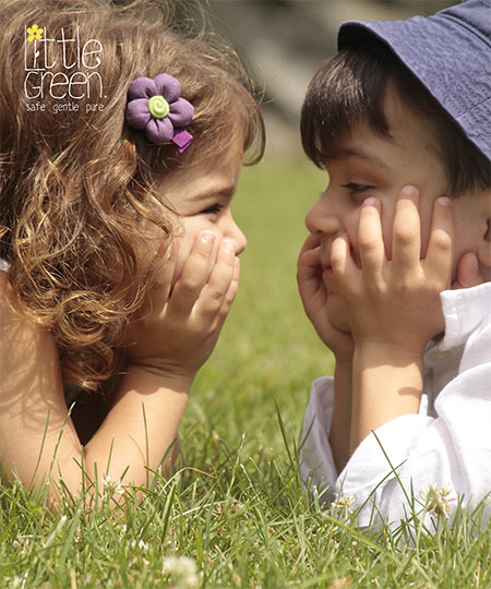 2 Children looking at each other
